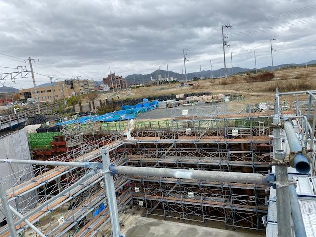 ○○地区区画整理アンダーパスカルバート工事B5外部足場