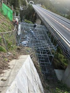 京都縦貫道落石対策工事