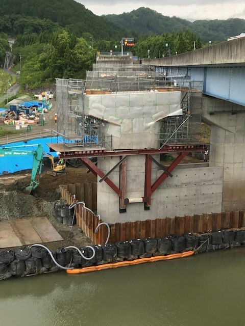 O地区水路修繕工事